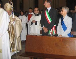 Dal sito del comune di San Giorgio di Piano: la presidente Draghetti a messa con fascia azzurra della Provincia