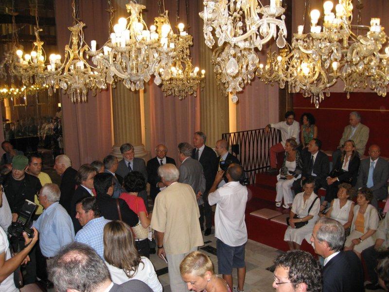 Sala per i funerali civili di Bologna